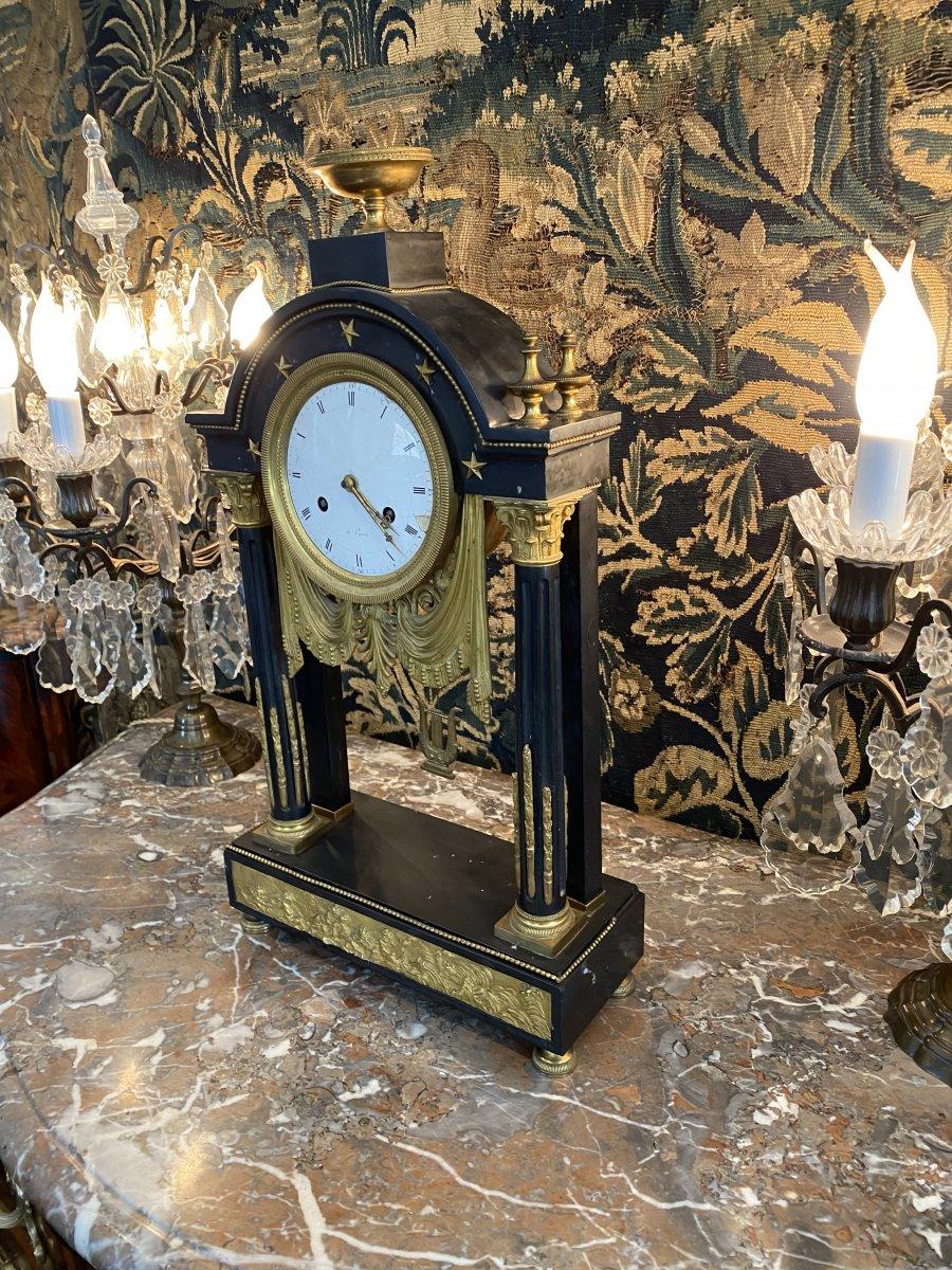 Grande Pendule Portique d'Epoque Louis XVI Marbre Et Bronze Dore Vers 1780-photo-1