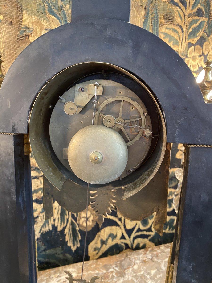Grande Pendule Portique d'Epoque Louis XVI Marbre Et Bronze Dore Vers 1780-photo-3