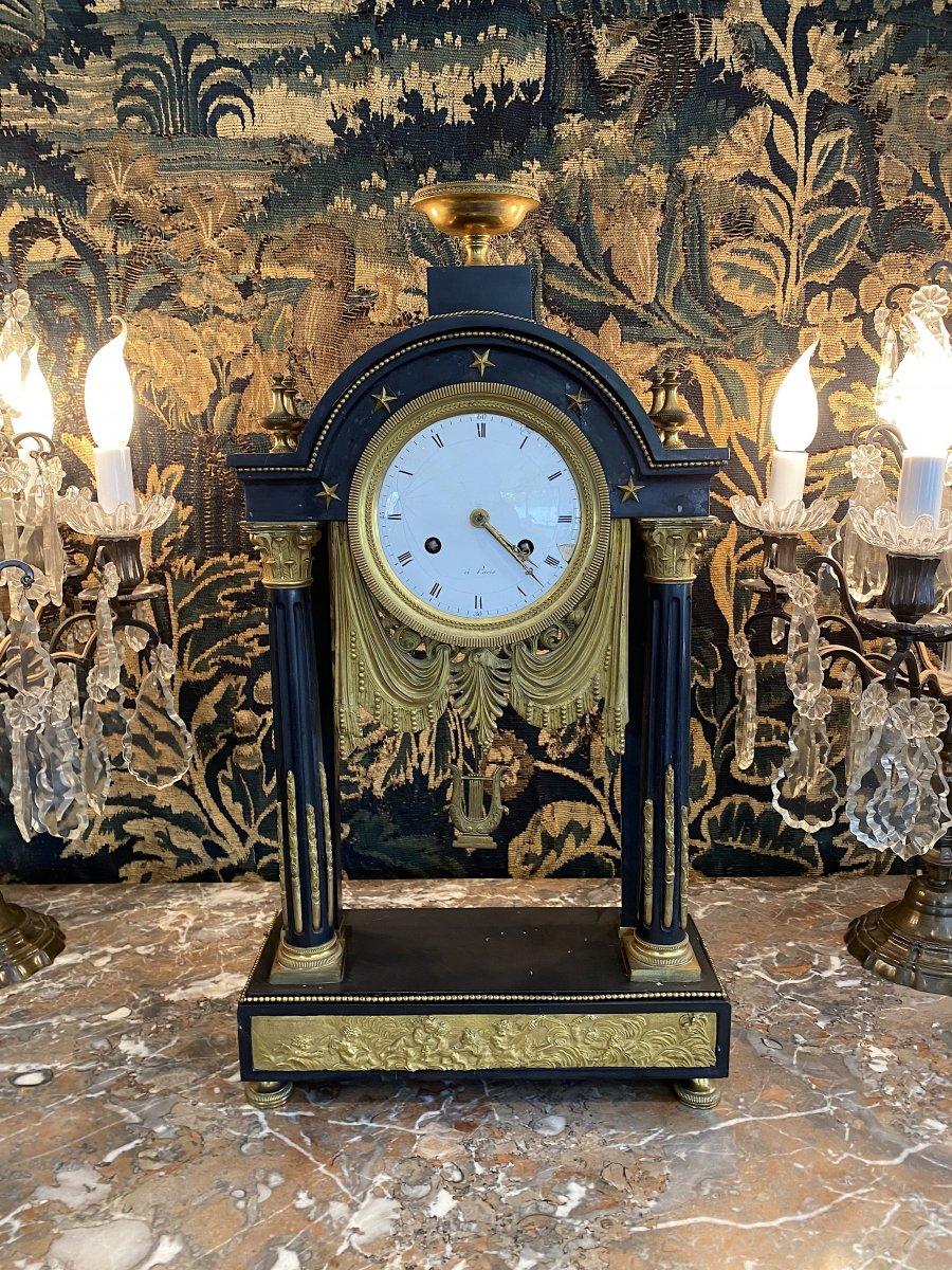 Grande Pendule Portique d'Epoque Louis XVI Marbre Et Bronze Dore Vers 1780