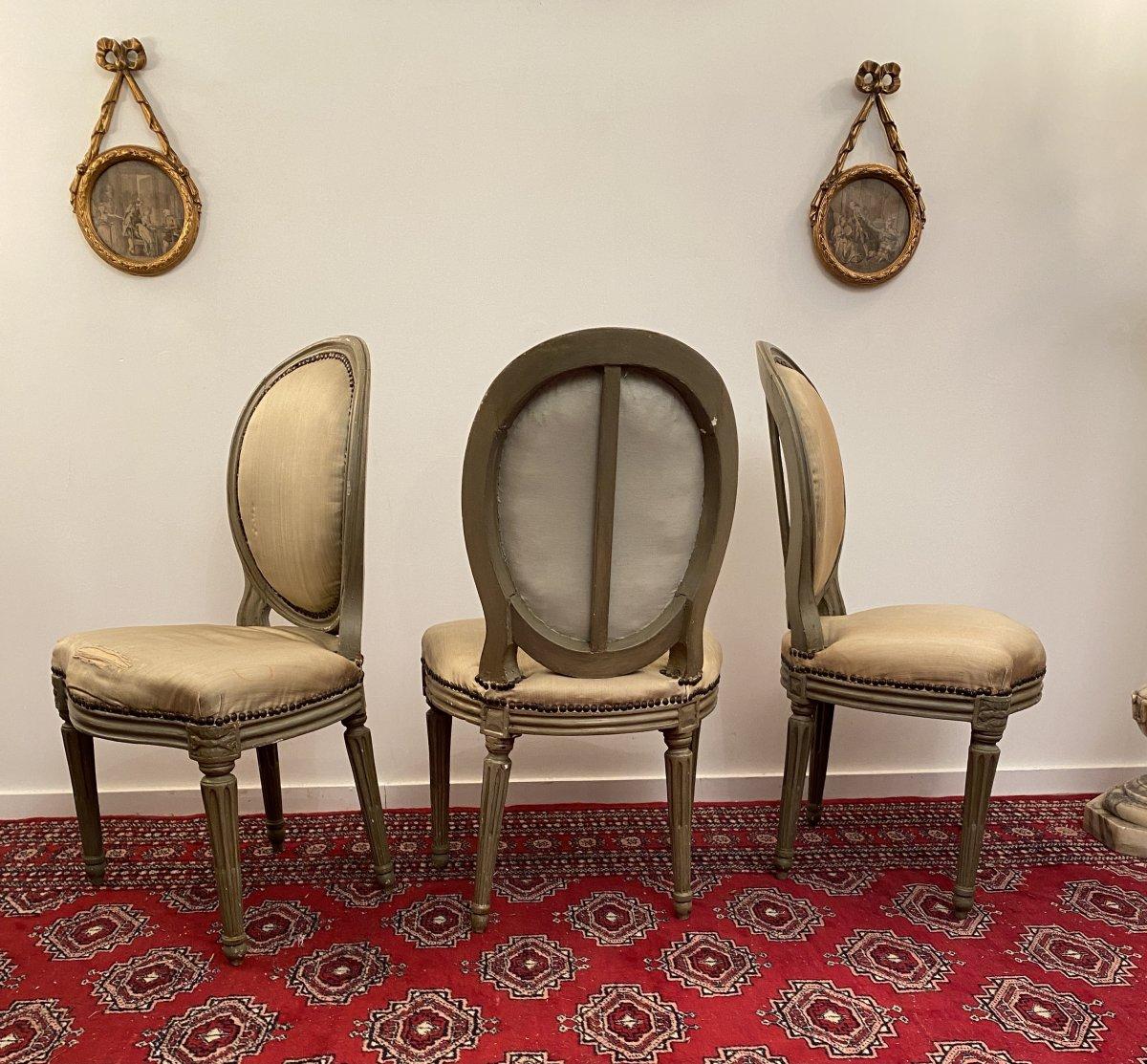 Suite De 3 Chaises Medaillons En Bois Laque d'Epoque Louis XVI-photo-4