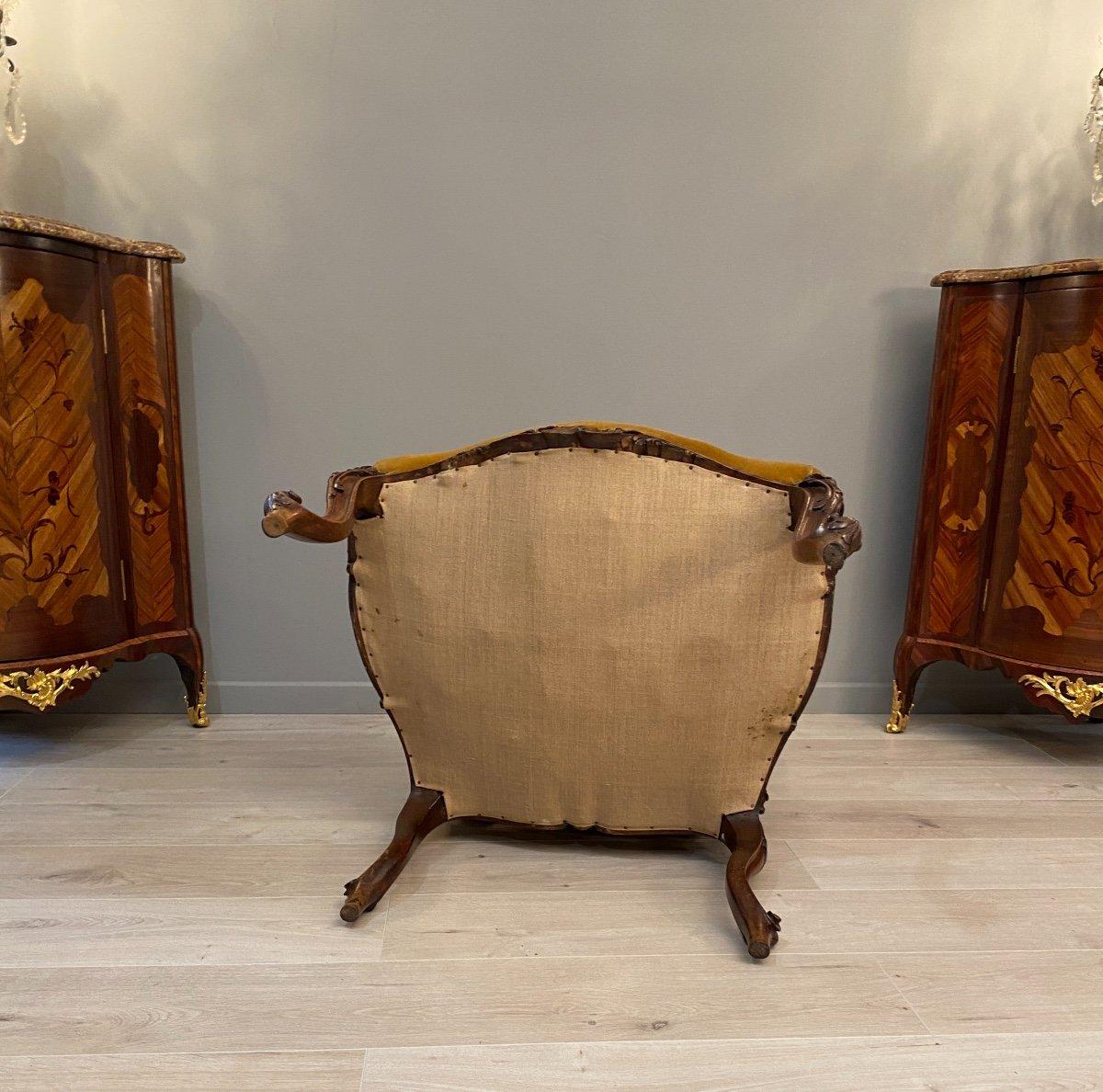 Large Fauteuil  A Dossier Plat Noyer De Style Regence XIXeme Siecle-photo-4