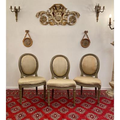 Suite De 3 Chaises Medaillons En Bois Laque d'Epoque Louis XVI