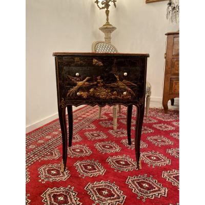 Rare Chiffonnière Table In Lacquer Louis XV Period Around 1730