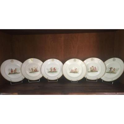 Six Assiettes En Porcelaine Fin XVIII Ieme Début XIX Ieme. Travail Probablement Hollandais