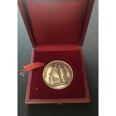 Médaille De Mariage 1870 En Argent Dans Sa Boite d'Origine.