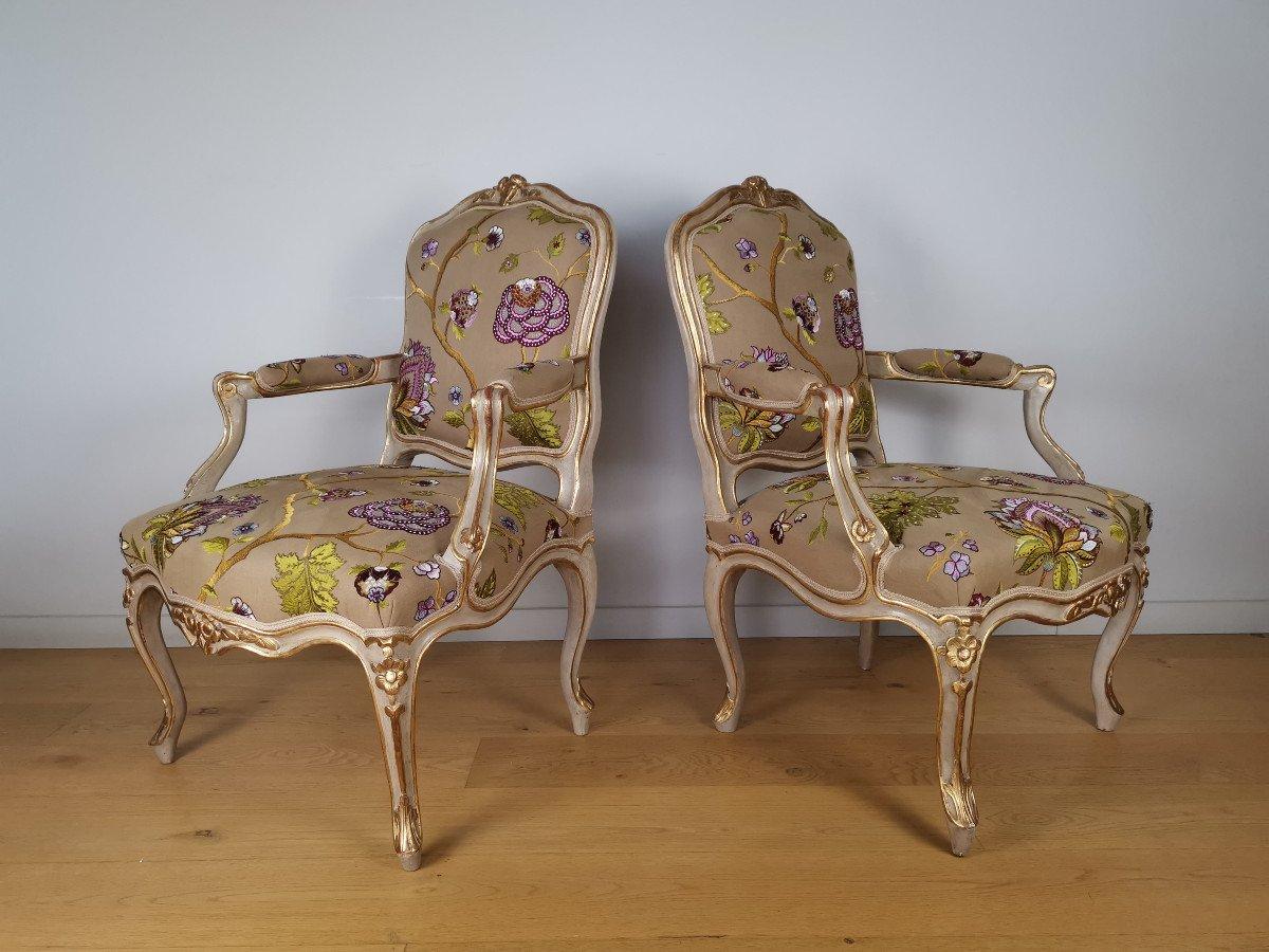 Paire de fauteuils de salon d'apparat d'époque Louis XV, att à Gourdin.
