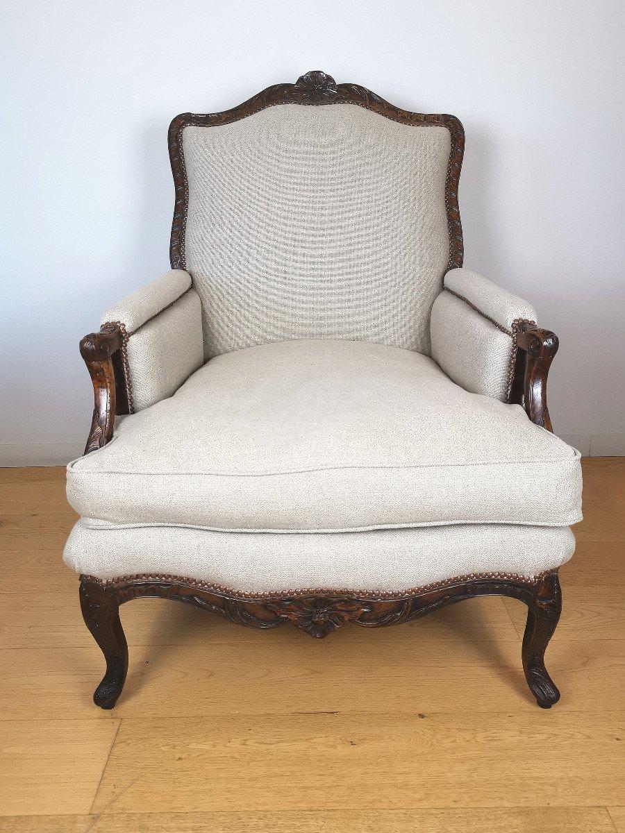 A Louis XV Walnut Bergère 18th Century.-photo-2