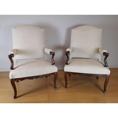 A Beechwood  Regence Armchairs Pair Early 18th Century Circa  1720-1730.