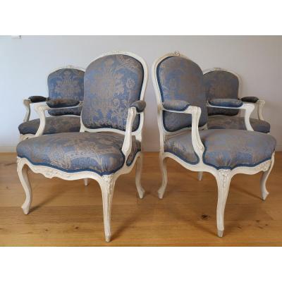 Suite de quatre fauteuils  estampillés de Louis-michel Lefèvre, d'époque Louis XV.