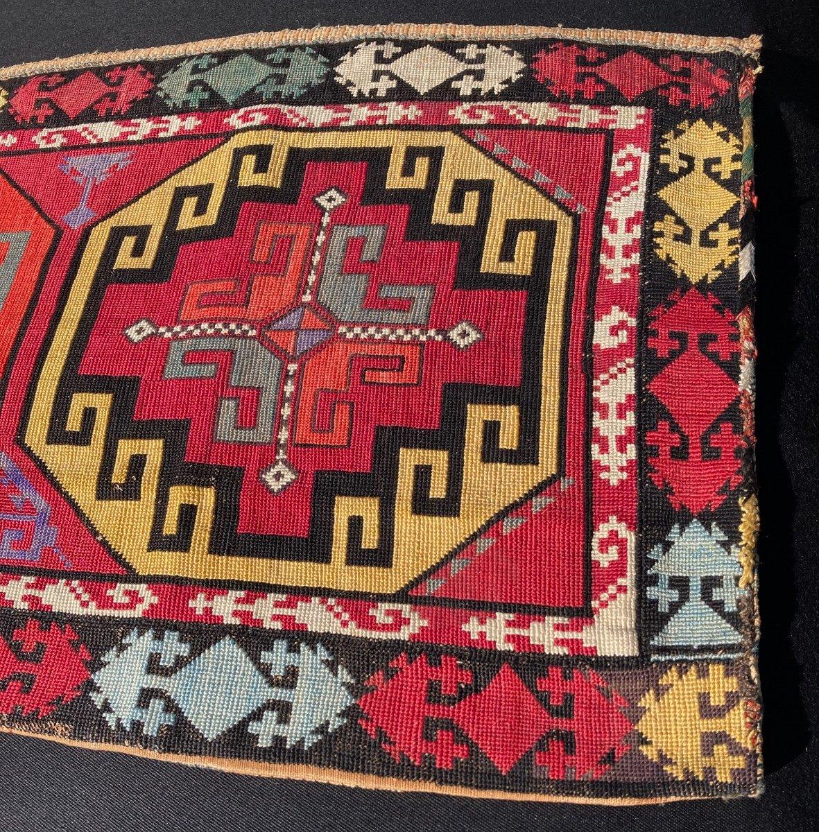 Tissus Suzani, Uzbekistan Lakai En Soie. Vers 1920-photo-3
