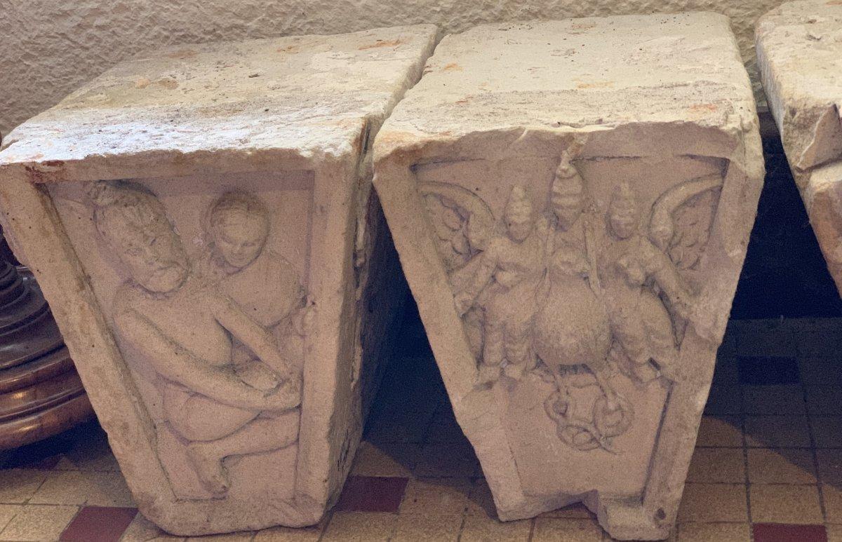 3 gdes clés de porte en pierre sculpté, Inde XVIIe / XVIIIe-photo-1