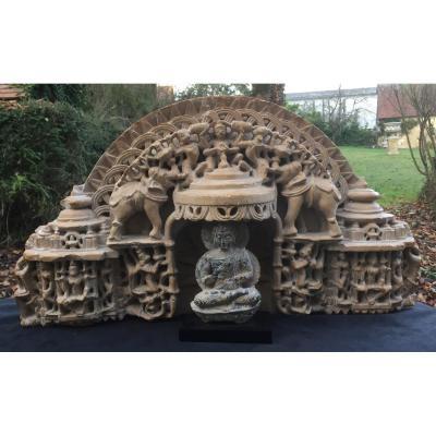 Inde Xe XIe  auperbe arche Jaïn  pierre/grès rose sculpté