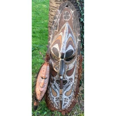 Museum Sepik Set Large Ancestor Mask And Ceremonial Axe, New Guinea