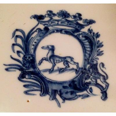 XVIIIth Cty Blue Camaïeu Moustiers Faience Armorial Plate