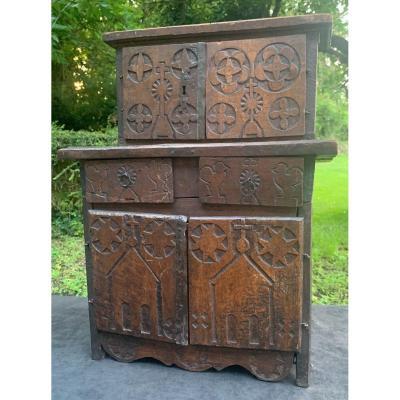 Pt meuble de sacristie XVIIIe art populaire des montagnes (Queyras ?)