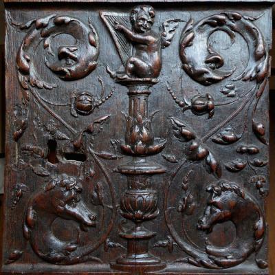 Vantail De Dressoir En Chêne Sculpté Du Début Du XVIe Siècle