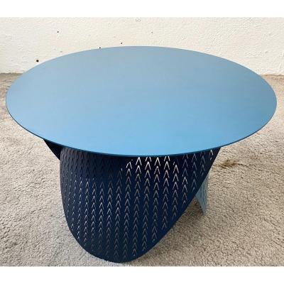 Petite Table Basse En Acier Laqué Prototype Design Par Joelle Rigal Modèle Physalie