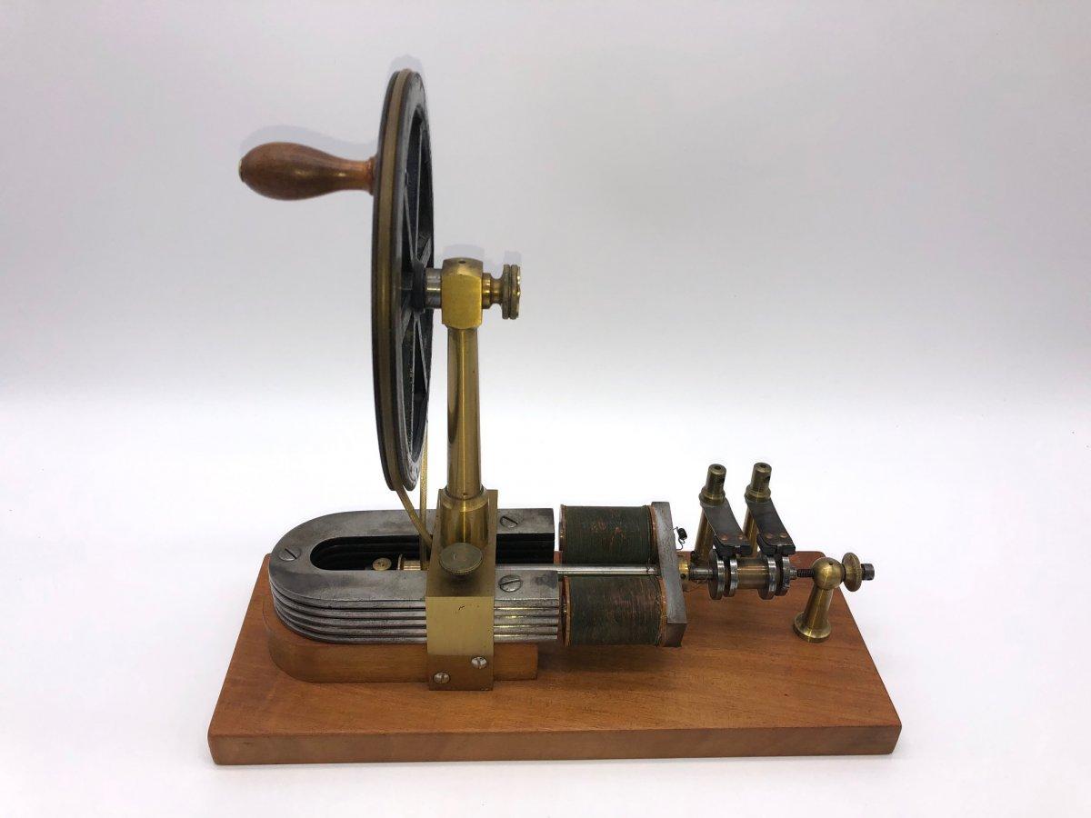 Machine De Clarke/moteur à Induction électromagnétique