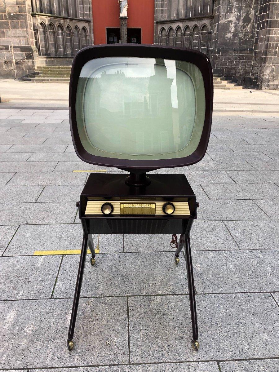TV Teleavia 1957