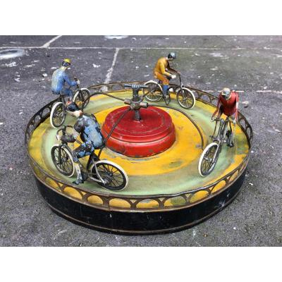 Cyclists Game / Merry-go-round Bikes Brand Jules Lardennois