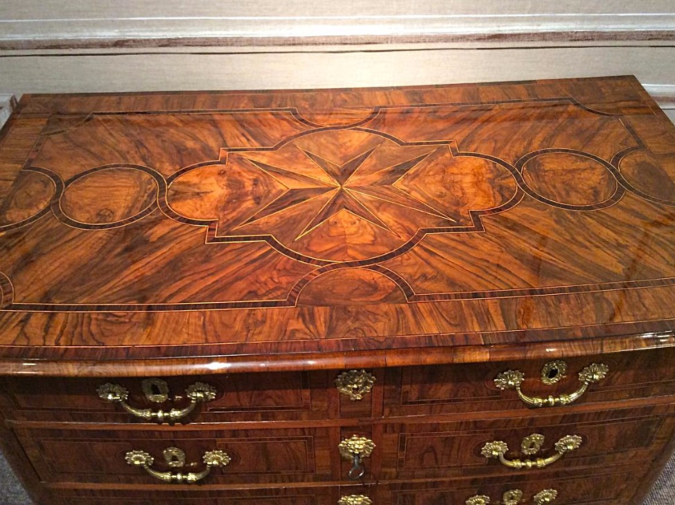Louis XIV Commode In Olive Wood Veneer