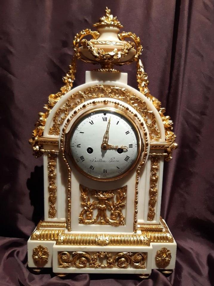 Pendulum Marble And Gilded Bronze Louis XVI