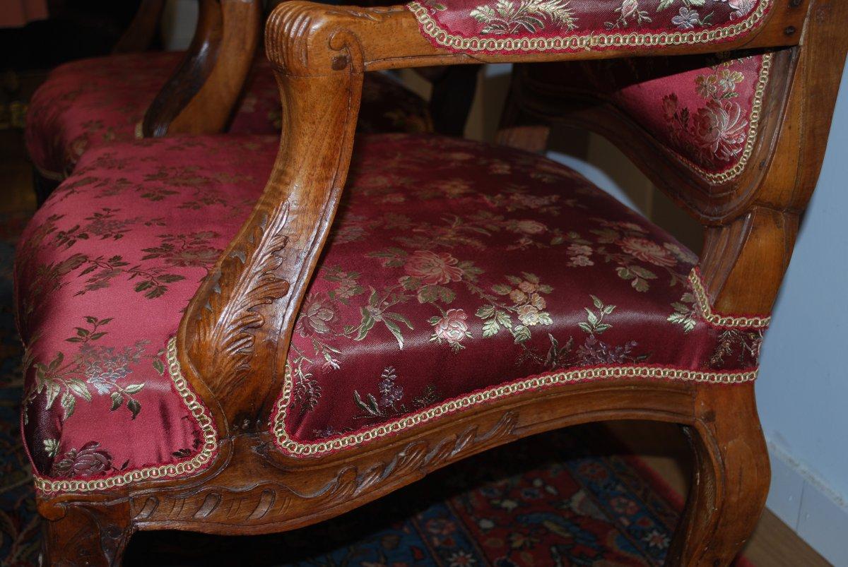 Paire de Fauteuils en Noyer Epoque Louis XV Mobilier Ancien XVIII