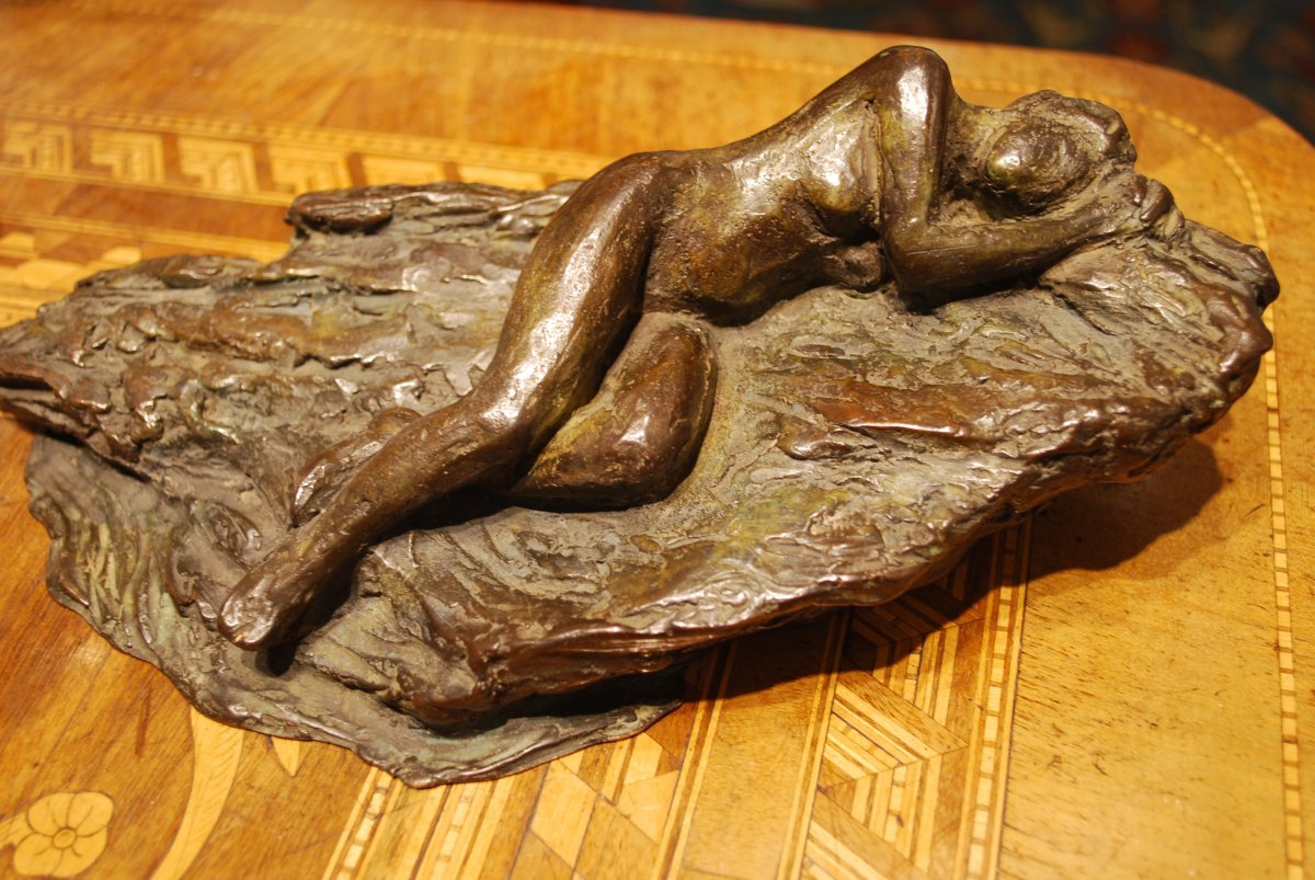 Jeune Femme Nue Sur Un Rocher intitulé Rêverie