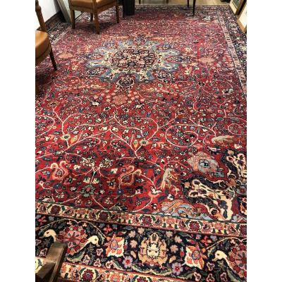 Beautiful And Important Hand-knotted Persian Carpet Decorated With Stylized Volatile Animals, Ducks.