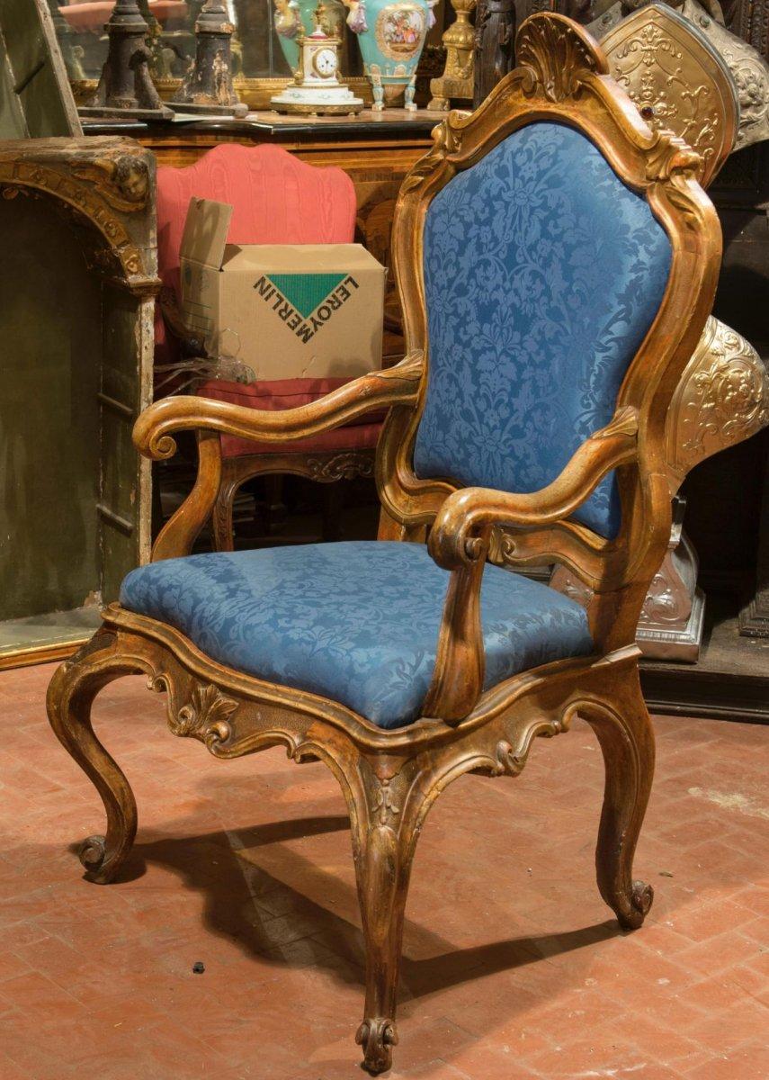 Fauteuil. Italie. XVIII