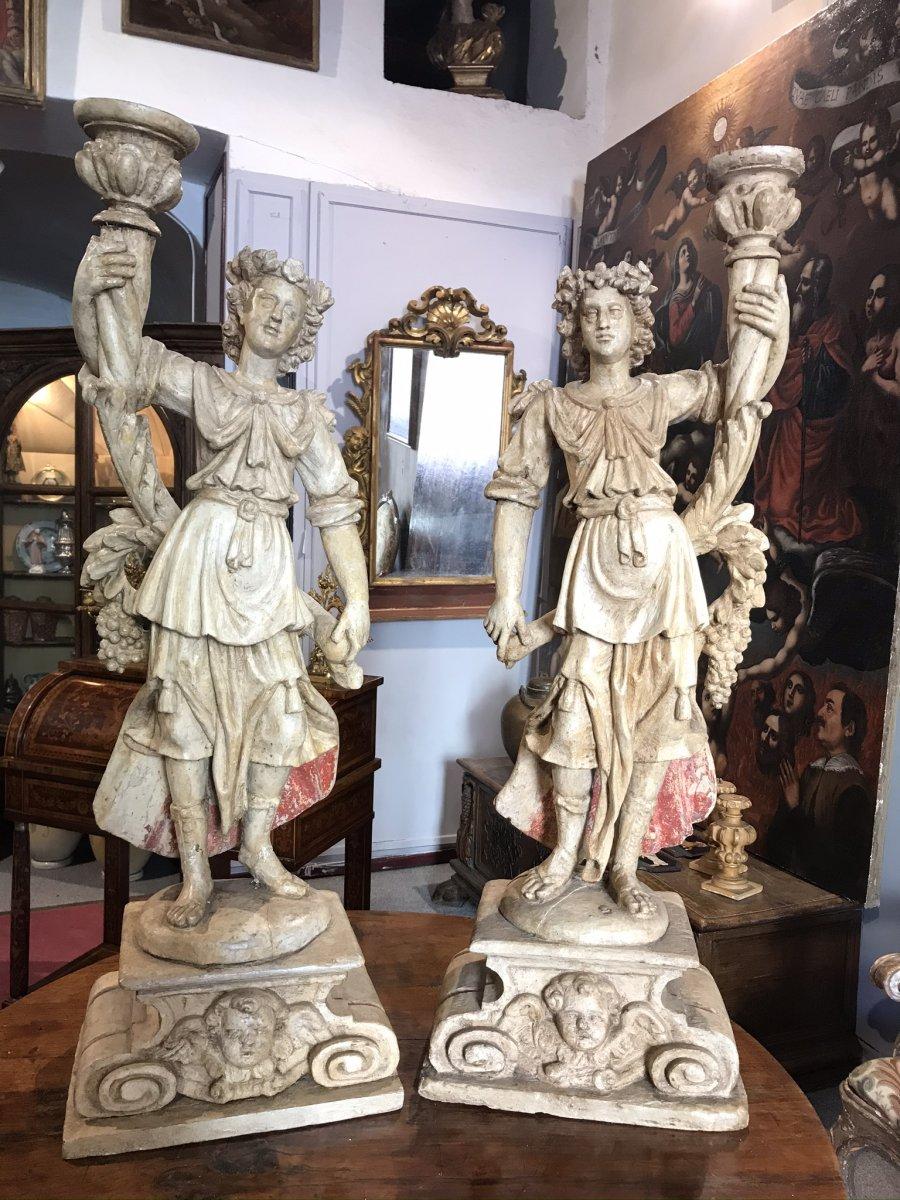 Paire d'anges   porte   torchere  en bois sculpté Toscane XVIsec.