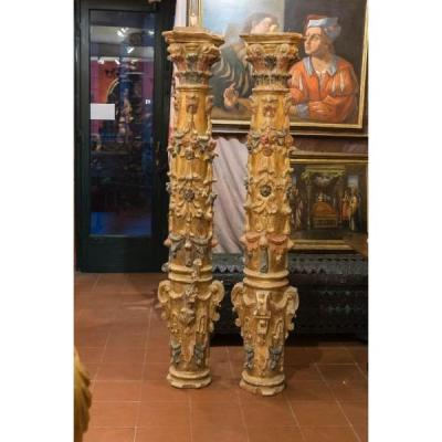 A Pair Of North Italian Giltwood Columns. XVII Century