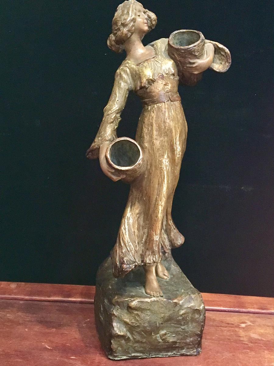 Goldscheider Femme Terre Cuite