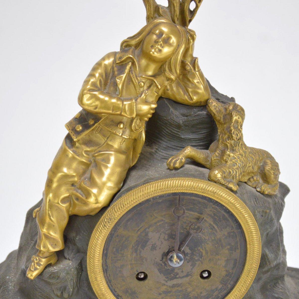 Pendule En Bronze Doré Présentant Garçon Dormant Au Chien 19ème-photo-2