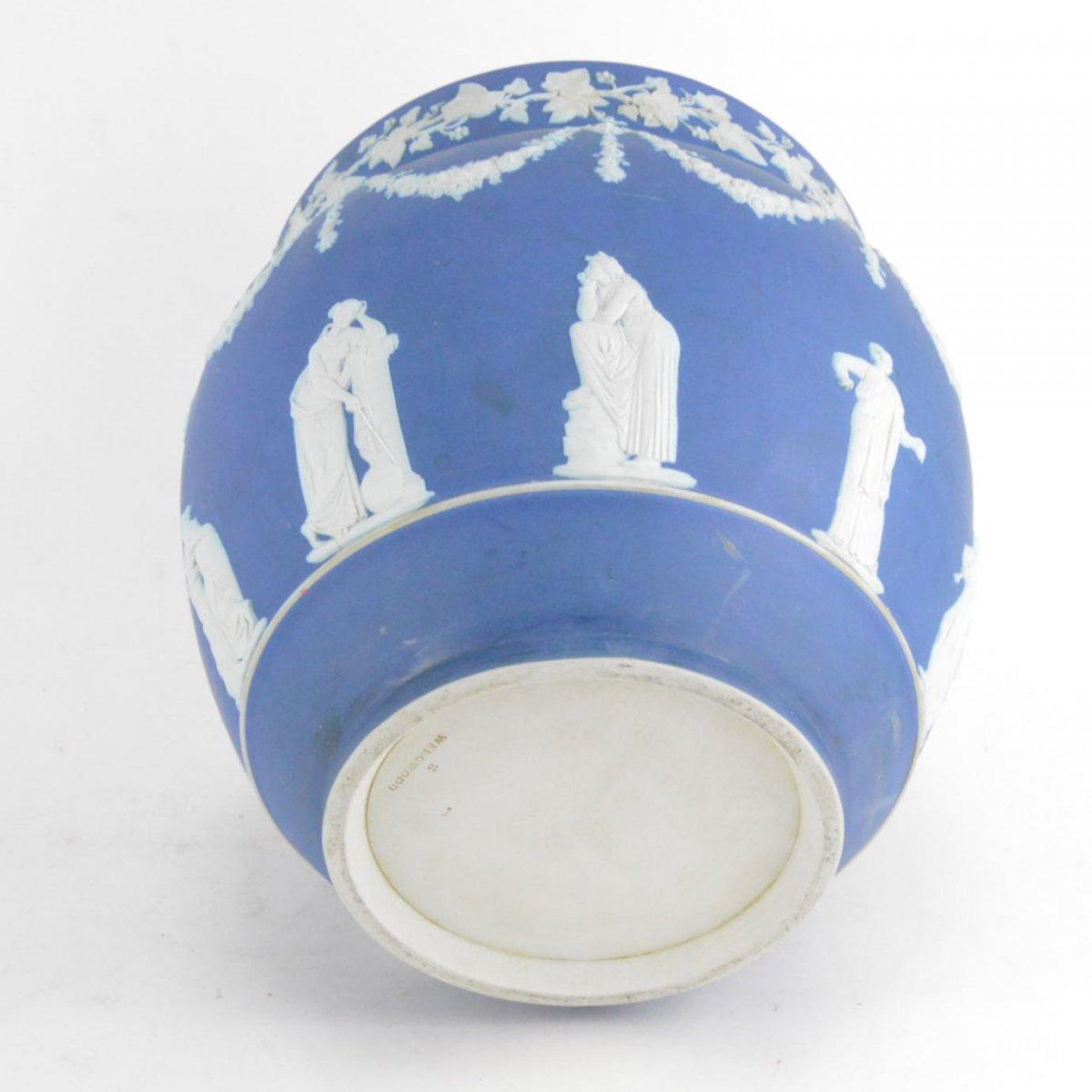 Cache-pot En Porcelaine Biscuit Wedgwood -photo-6