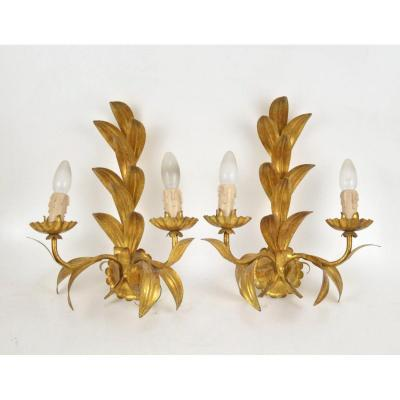 Pair Of  Vintage Gilt Metal Palmettes Shaped  Wall Sconcesin 20th Century Design