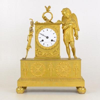 Pendule d'époque Restauration Allégorie De l'Amour En Bronze Doré  Bollengier à La Haye 19ème