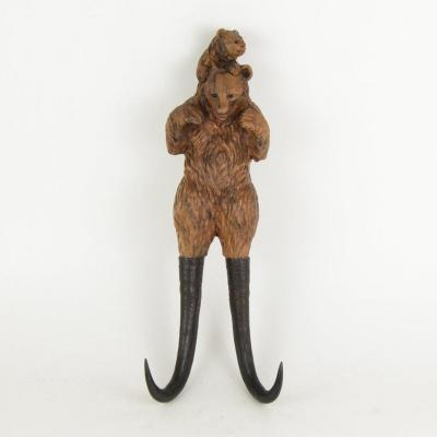 Horn And Carved Wood Hat Rack A Bear And His Small Work From The Black Forest Signed