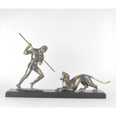 Sculpture Art Deco En Bronze Patiné Le Chasseur Et La Panthère