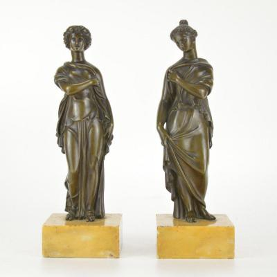 Pair Of Patinated Bronze Sculptures Representing Greek Goddesses 19th Century