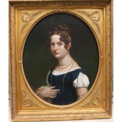 Portrait Ovale De Femme Empire XIX