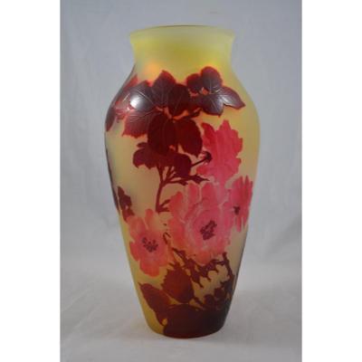 Vase Gallé Décor De Rose