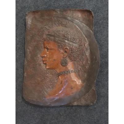 Plaque En Régule Polychrome Signé Lerche Représentant Un Nubien