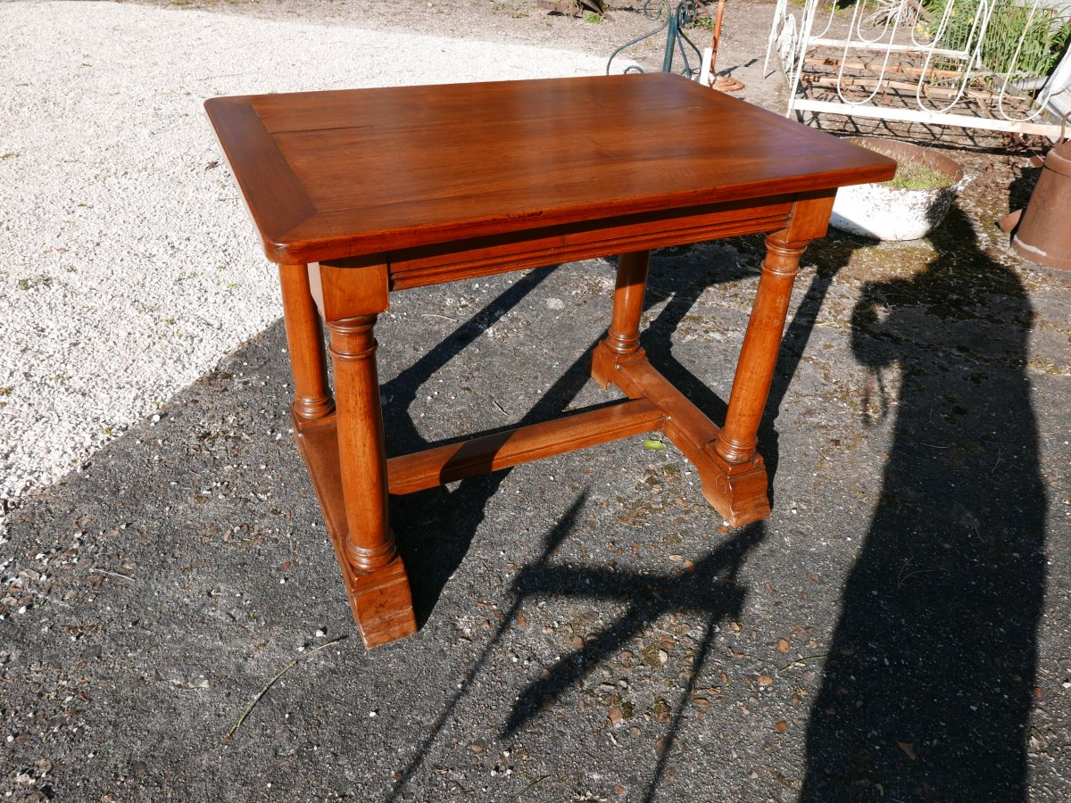 Renaissance Style Middle Table In Solid Walnut Late 19th
