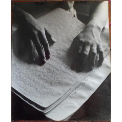 Tirage Argentique - Paul Almasy – « Les Mains Lisent »