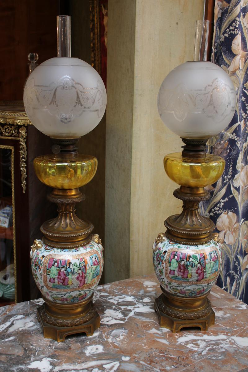 Paire De Lampes En Canton Monture Bronze XIXème Siècle