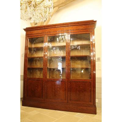 Bibliothèque En Acajou à Trois Portes, époque Napoléon III.