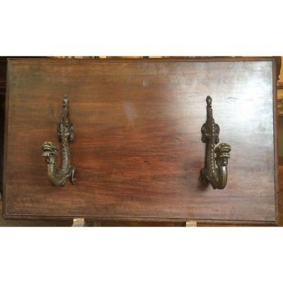 Porte Manteau XIXème Aux Dragons En Bronze Dans Le Goût De Viardot