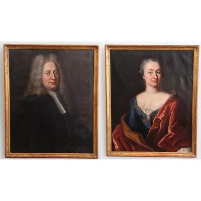 Paire de portraits par Robert Gardelle (1692-1766), l'un daté 1729, dans leurs cadres d'origine