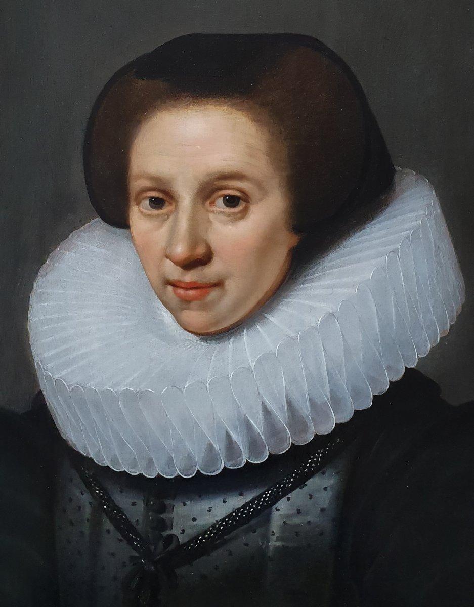 Vers 1620 Portrait d'Une Dame; Attribué à Michiel Jansz Van Mierevelt (1567-1641)-photo-1